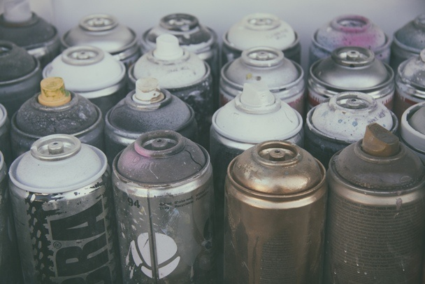 Old spray cans http://barnimages.com/
